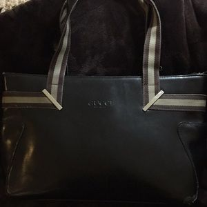 Gucci verified large leather purse